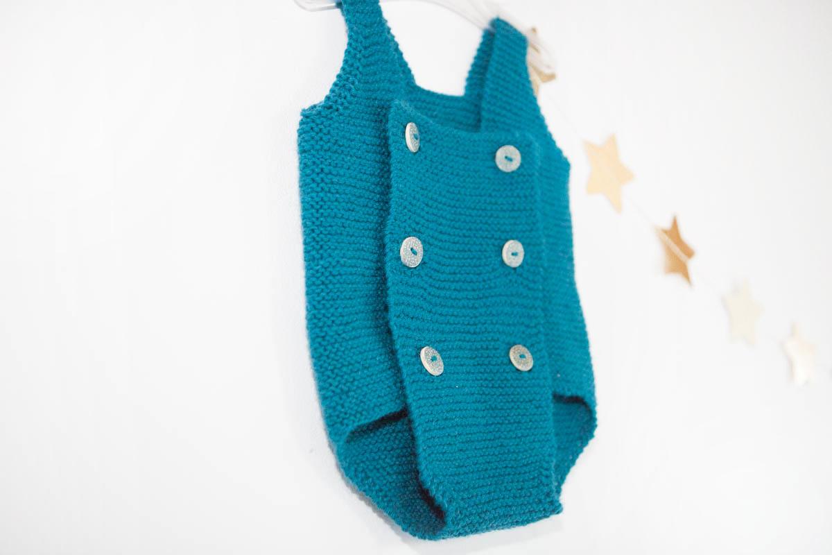 Une Barboteuse au tricot
